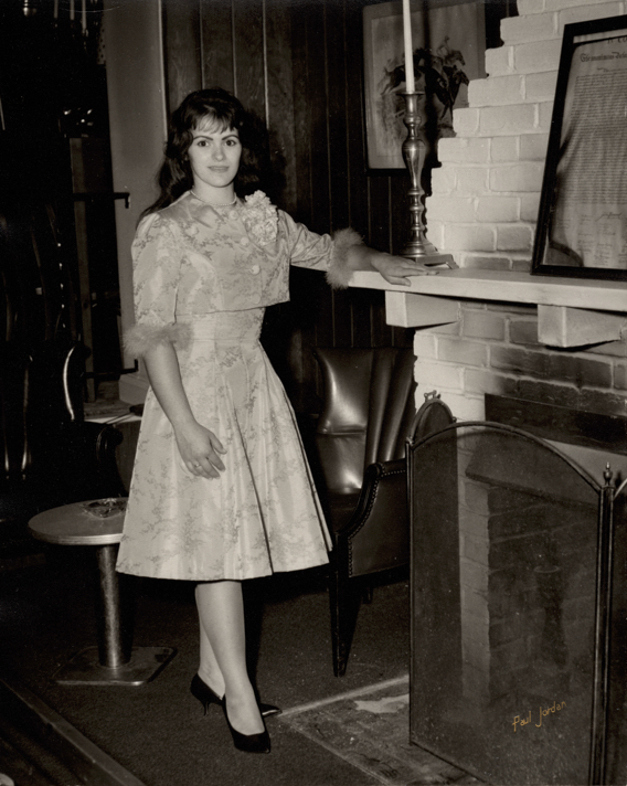 Wife Arlene Photo at age 21 in 1964